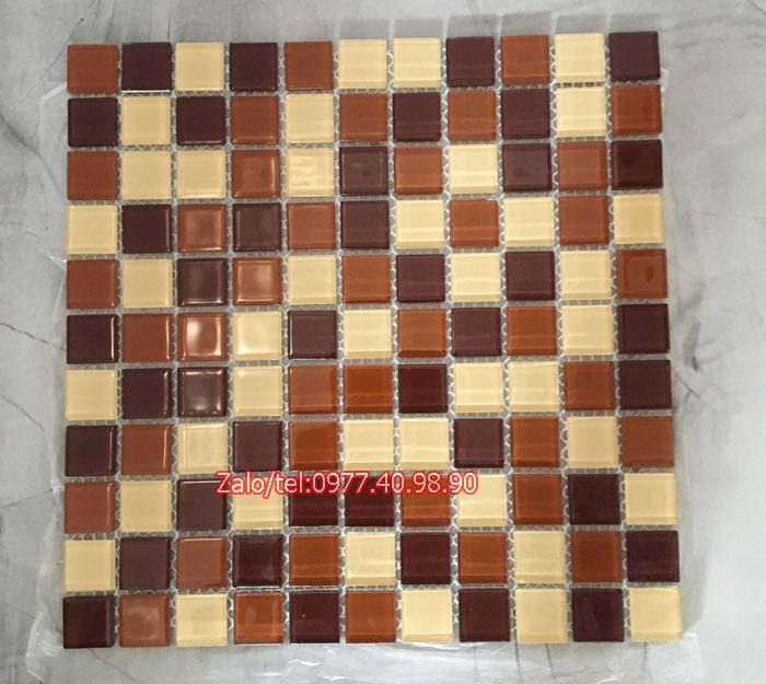 mau gach mosaic nau